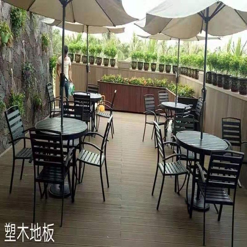 咖啡店木塑地板实拍
