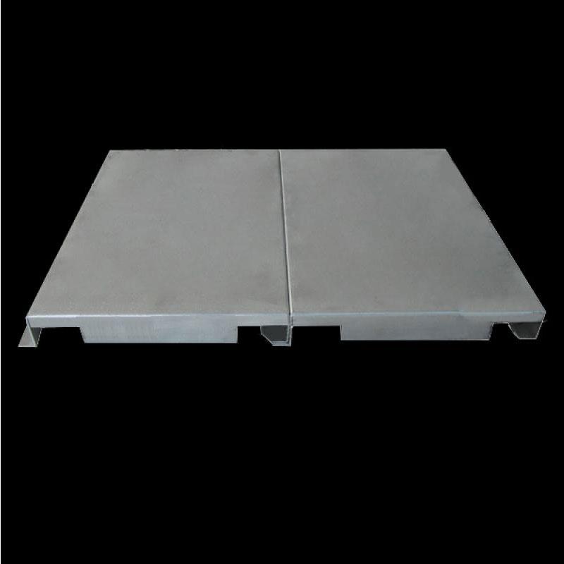 勾搭铝单板